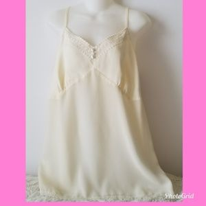 Lane Bryant Cream Cami With Crochet Trimming 14/16